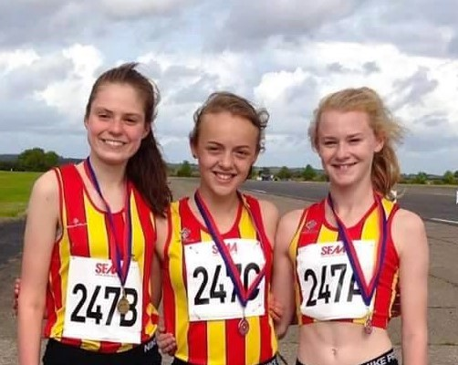 CoNAC's U15Gs fly high at Bedford Autodrome at SEAA Road Relay, 25 Sept 2016